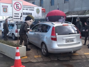 Participe do Drive Thru Solidário da EASA